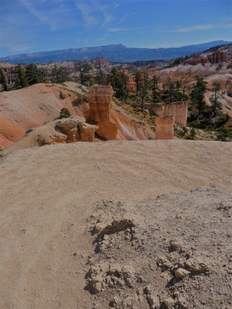 Bryce Canyon_Queen's Garden Trail_Downhill