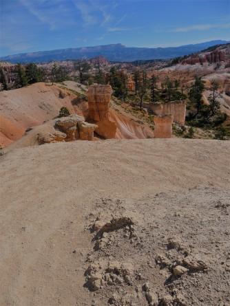 Bryce Canyon_Queen's Garden Trail_Downhill