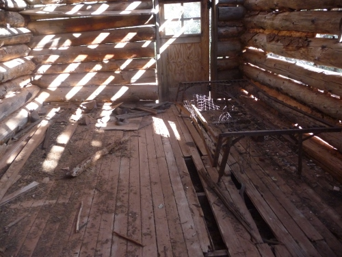 Zion_Taylor Creek Trail_Larson Cabin_3