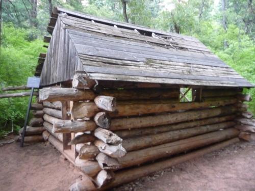 Zion_Taylor Creek Trail_Fife Cabin_1