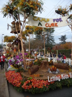 Rose Parade Viewing_Leting Kids Be Kids Float_8