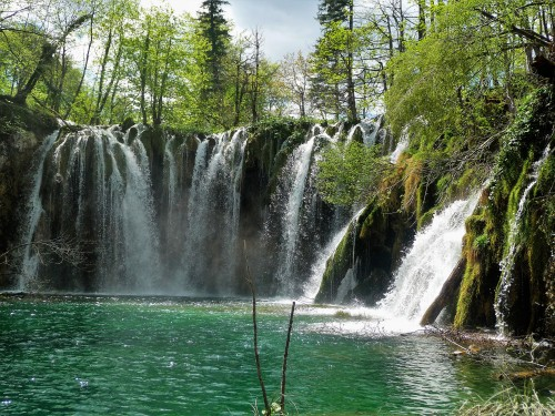 Plitvice_Waterfall_2