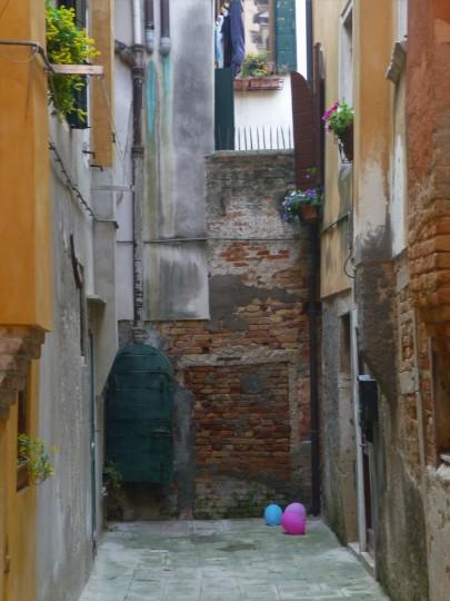 Italian Party Litter