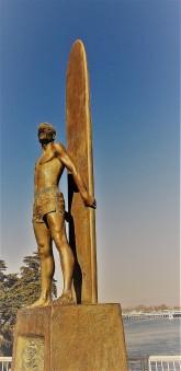 Surfing Sculpture_Gold