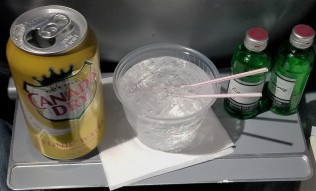 Chicago_Airline_Drink Service