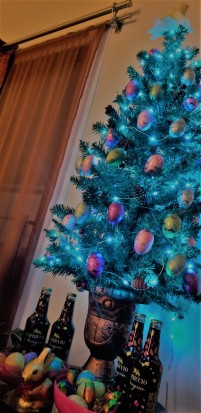Holiday Tree_Full_Low Angle